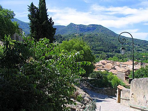 Nyons - Tourism, holidays & weekends guide in the Drôme