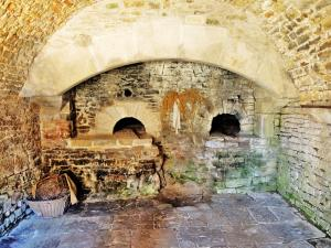 bread oven of the castle (© Jean Espirat)
