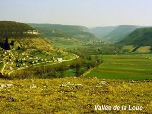 Loue Valley, seen from the plateau Virgo (© JE)