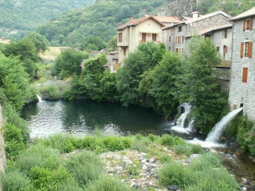 Péreyres - Guide tourisme, vacances & week-end en Ardèche