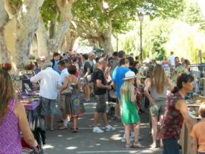 Superior Pottery Market Of Pernes Les Fontaines In July