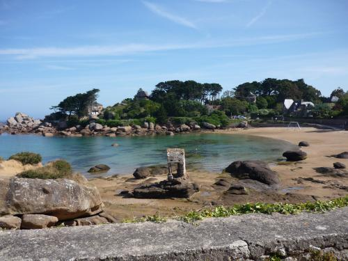 Beach of Saint-Guirec - Leisure centre in Perros-Guirec