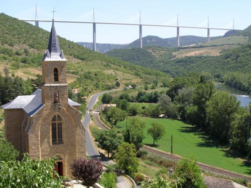 Peyre - Tourism, holidays & weekends guide in the Aveyron