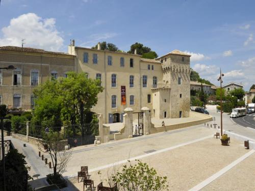 Pézenas - Tourism, holidays & weekends guide in the Hérault