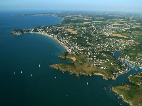 Pléneuf-Val-André - Tourism, holidays & weekends guide in the Côtes-d'Armor