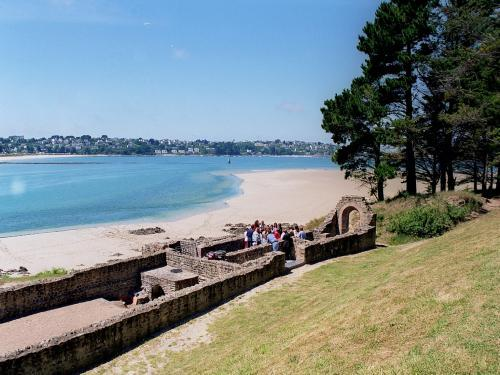 Plestin-les-Grèves - Tourism, holidays & weekends guide in the Côtes-d'Armor