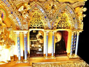 Details of the relics of St. Colette - Convent of the Poor Clares (© Jean Espirat)