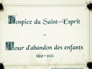 Information about the hospice of the holy Spirit (© Jean Espirat)