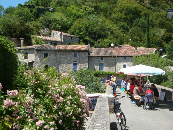 Pont-de-Barret - Tourism, holidays & weekends guide in the Drôme