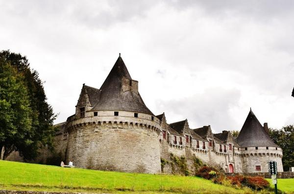 Pontivy - Tourism, holidays & weekends guide in the Morbihan
