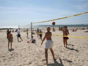 Volleyball vor Pornichet beach