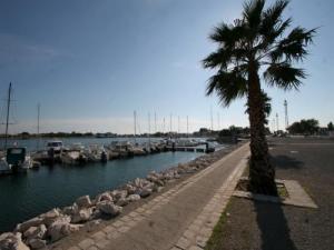 Port saint louis du rh ne tourism holidays weekends - College port saint louis du rhone ...
