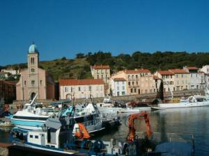 Old Port and Church Port-Vendres
