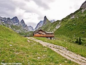 Refuge Barmettes and Vanoise needle