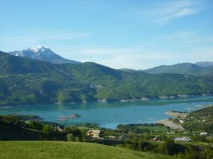 The lake of Serre-Ponçon