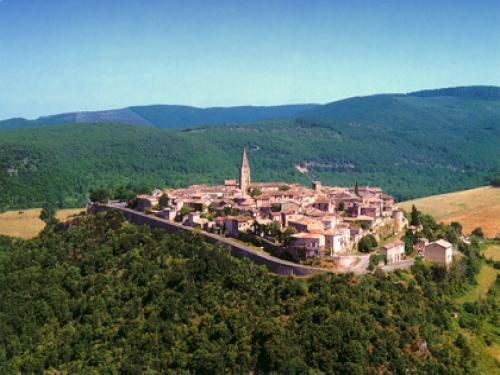 Puycelsi - Tourism, holidays & weekends guide in the Tarn