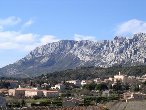 Puyloubier - Tourism, holidays & weekends guide in the Bouches-du-Rhône