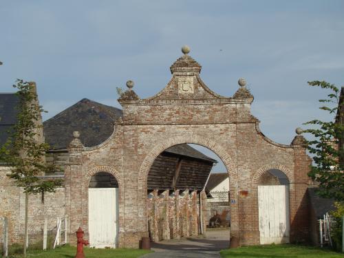 Photos quesnoy le montant tourisme vacances week end - Restaurant porte de la chapelle ...