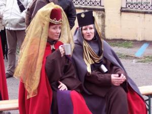 medieval Costumes at the Christmas market (© Jean Espirat)