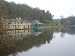 Rochefort-en-Terre Pond - Pluherlin