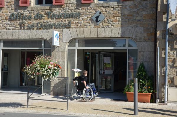 Piccolo Ufficio Di Nostra Signora : Ufficio del turismo del kreiz breizh punto informativo a rostrenen