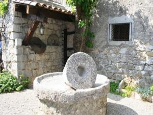 The olive mill