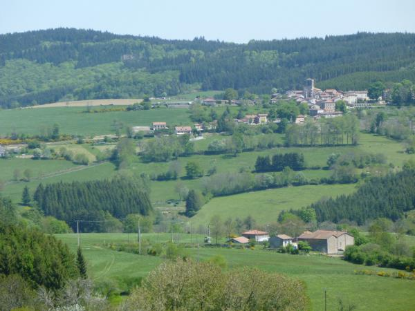 Saint-Amant-Roche-Savine - Tourism, holidays & weekends guide in the Puy-de-Dôme