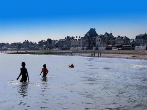 Saint-Aubin-sur-Mer - Tourism, holidays & weekends guide in the Calvados