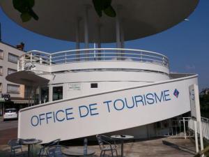 Saint di des vosges guide tourisme vacances - Office de tourisme saint claude ...