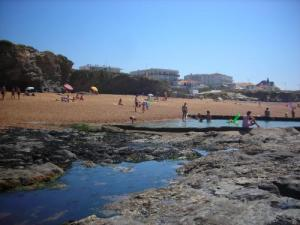Beach of Bussoleries at low tide