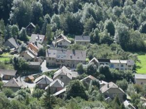 View the hamlet Lachaup
