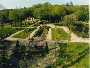 Saint malo de beignon tourisme vacances week end for Entretien jardin saint malo