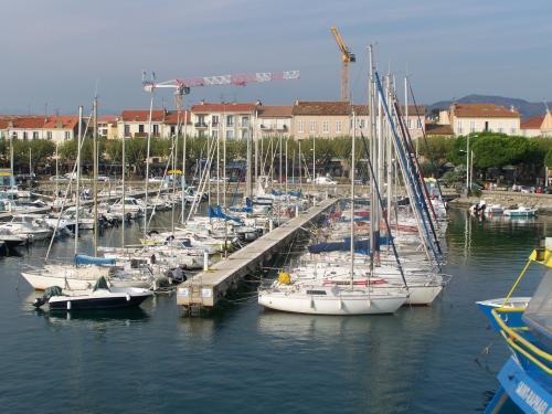 Photos saint rapha l guide tourisme vacances - Restaurant port santa lucia saint raphael ...