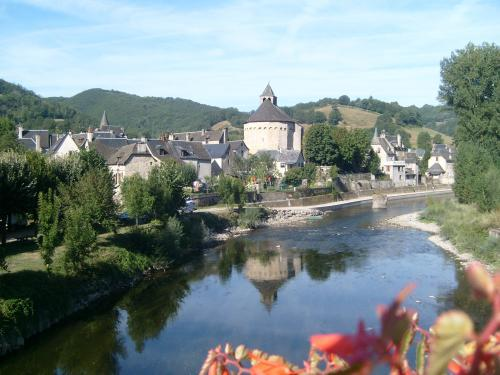Sainte-Eulalie-d'Olt - Guida turismo, vacanze e weekend nell'Aveyron