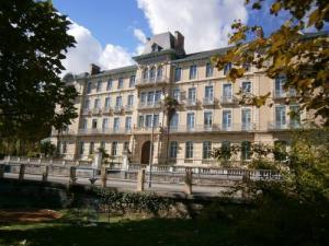 Grand Hotel Salies De Bearn