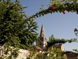 Church (© Beaune Tourism @ Michel Joly)