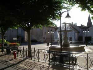 The square with its fountain