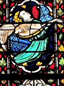 Angel with mandolin - St. George's Church (© Jean Espirat)