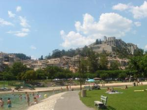 Sisteron France Map.Sisteron Tourism Holiday Guide