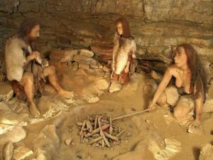 Cave of Nero : the Neanderthal family