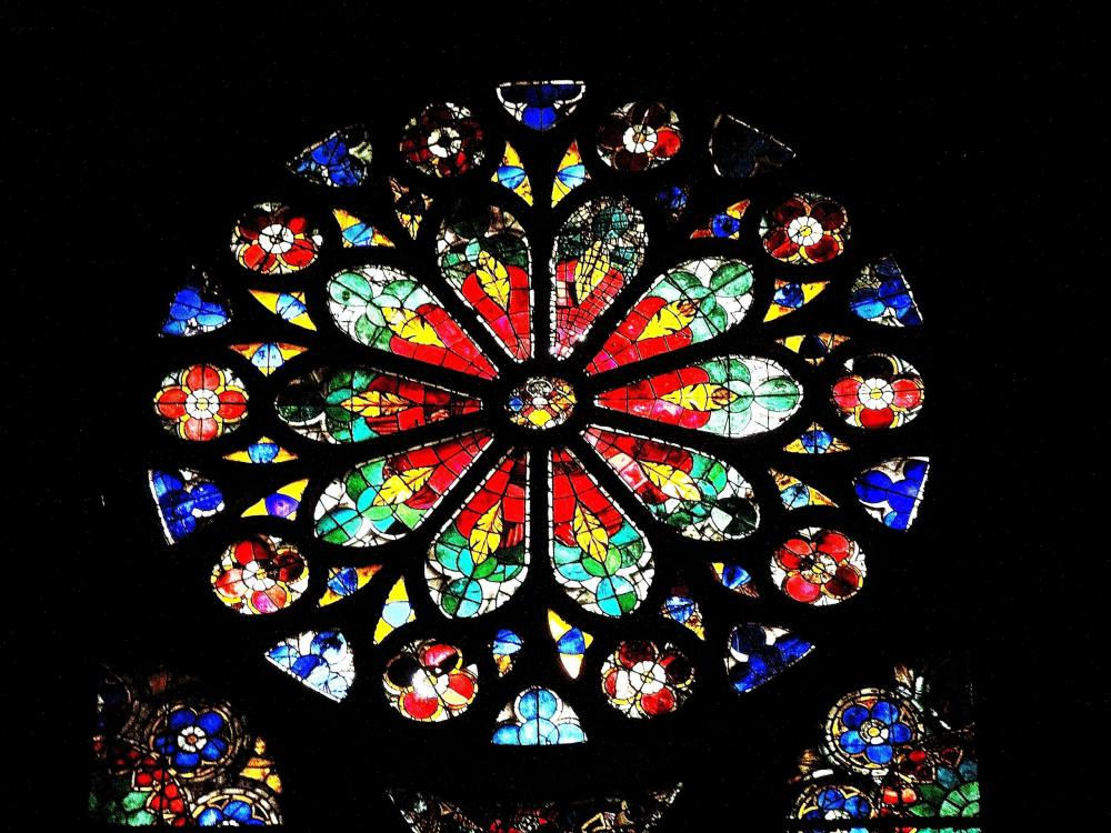 Strasbourg - rosette of the South side chapel of the cathedral (© Jean Espirat)