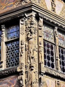 Sculptures on the house Kammerzell (© Jean Espirat)
