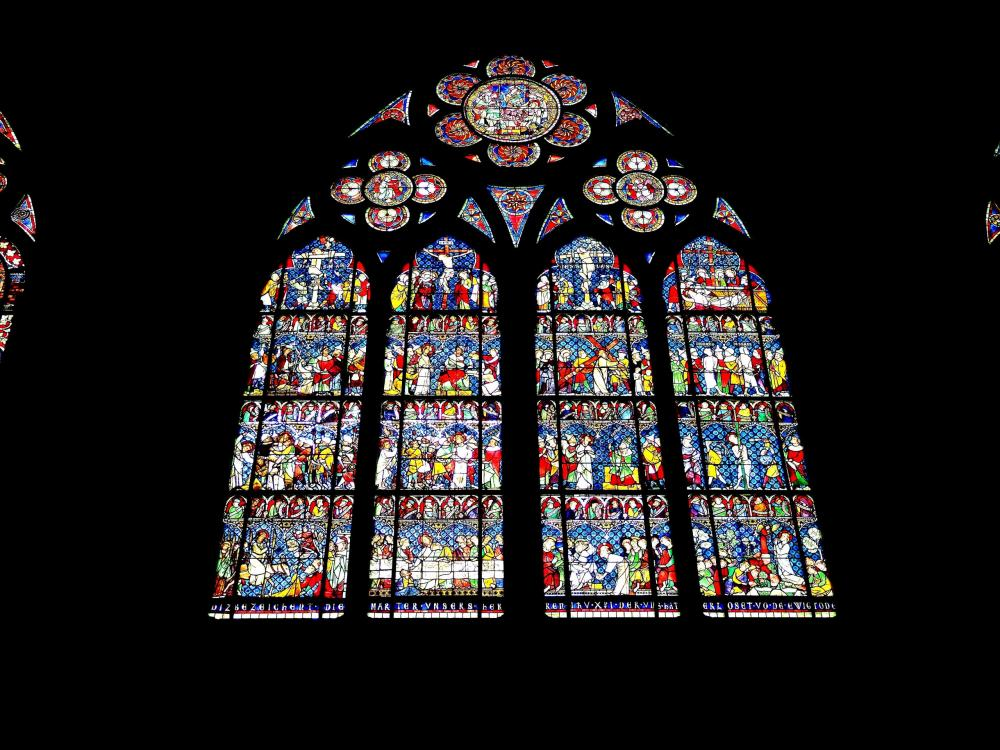 Strasbourg - another window in the cathedral (© Jean Espirat)