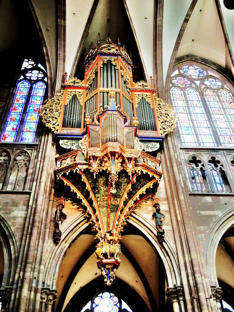 Strasbourg - Grand Organ of the Cathedral (© Jean Espirat)