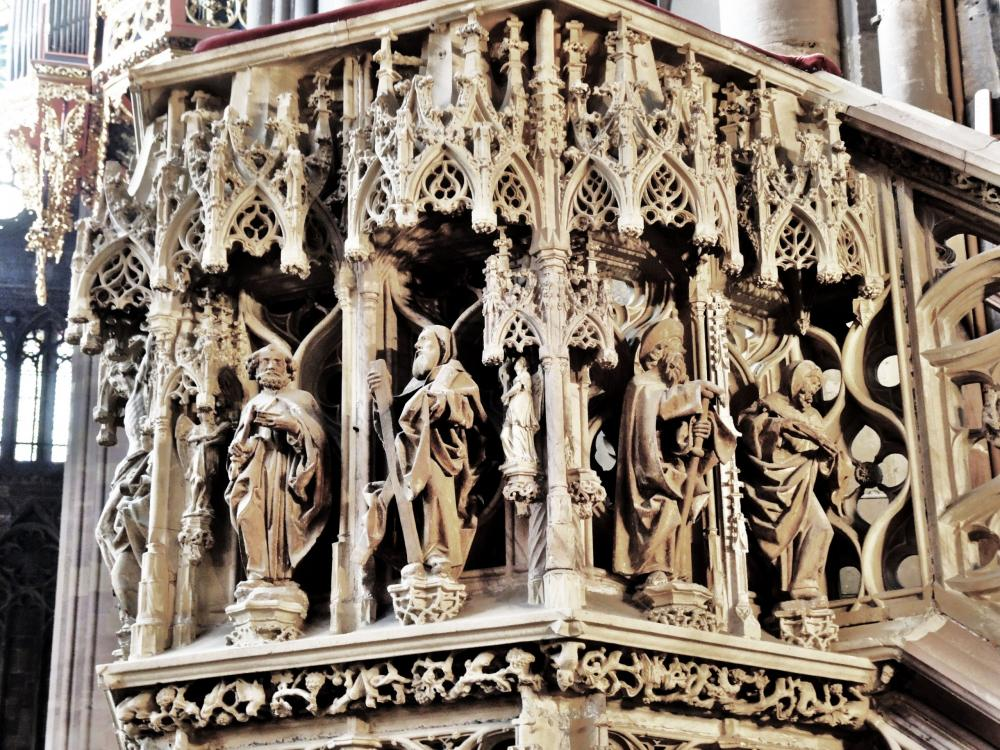 Strasbourg - side Sculptures Is the pulpit of the Cathedral (© Jean Espirat)