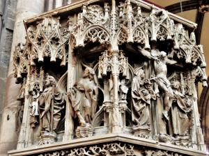 West side Sculptures of the cathedral (© Jean Espirat)