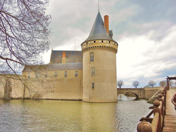 Sully-sur-Loire - Tourism, holidays & weekends guide in the Loiret