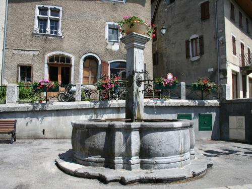 Fontaine de Taninges - Monument à Taninges