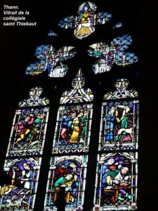 Stained glass window of the Saint-Thiébaut collegiate church (© J.E)