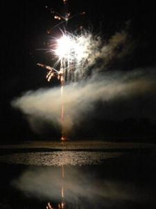fireworks on July 13 Thiron-Gardais the pond